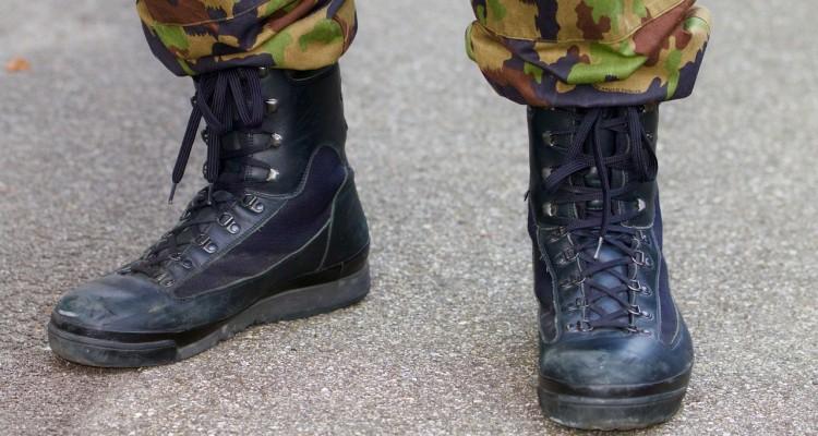 30630643e09 Berømte 4 gode militærstøvler - Find den helt rette støvle til dit behov  UK61